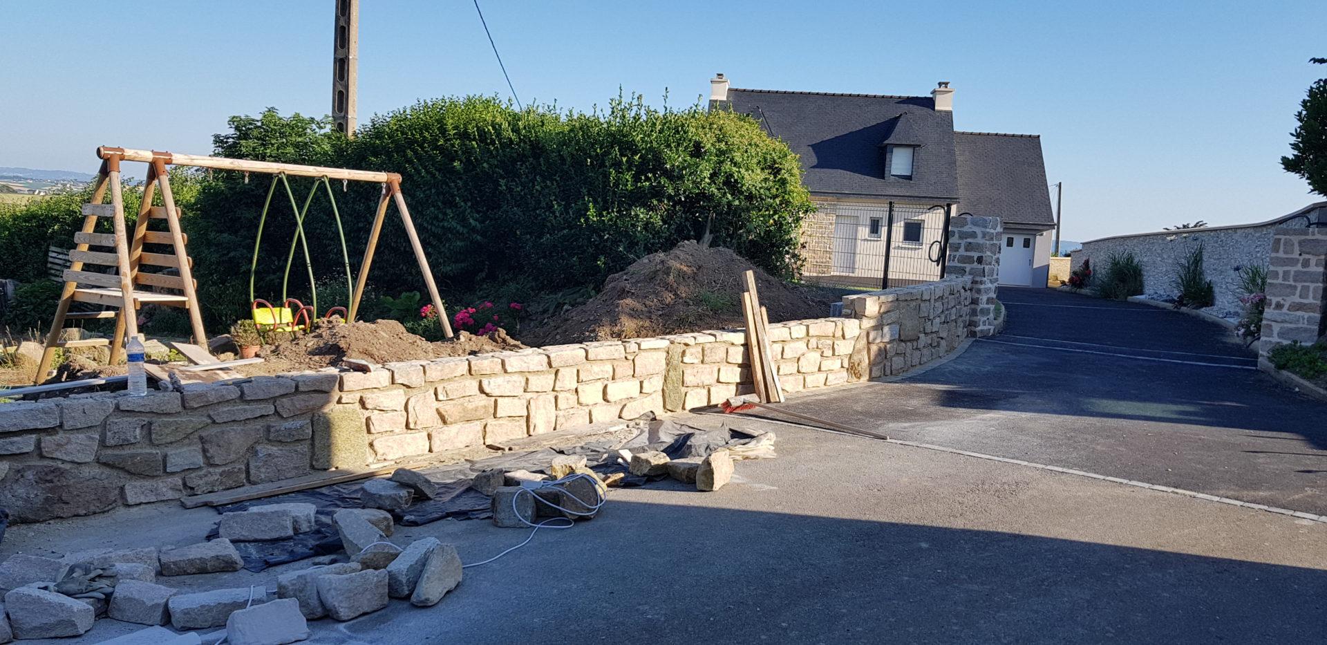 Argol-mur-de-clôture-avec-claustra-2-1