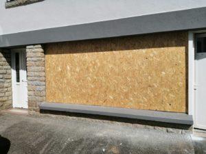 modification façade en porte de garage quimper