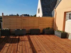 realisation-terrasse-bois-restaurant-loasis-plomodiern-4-300x225