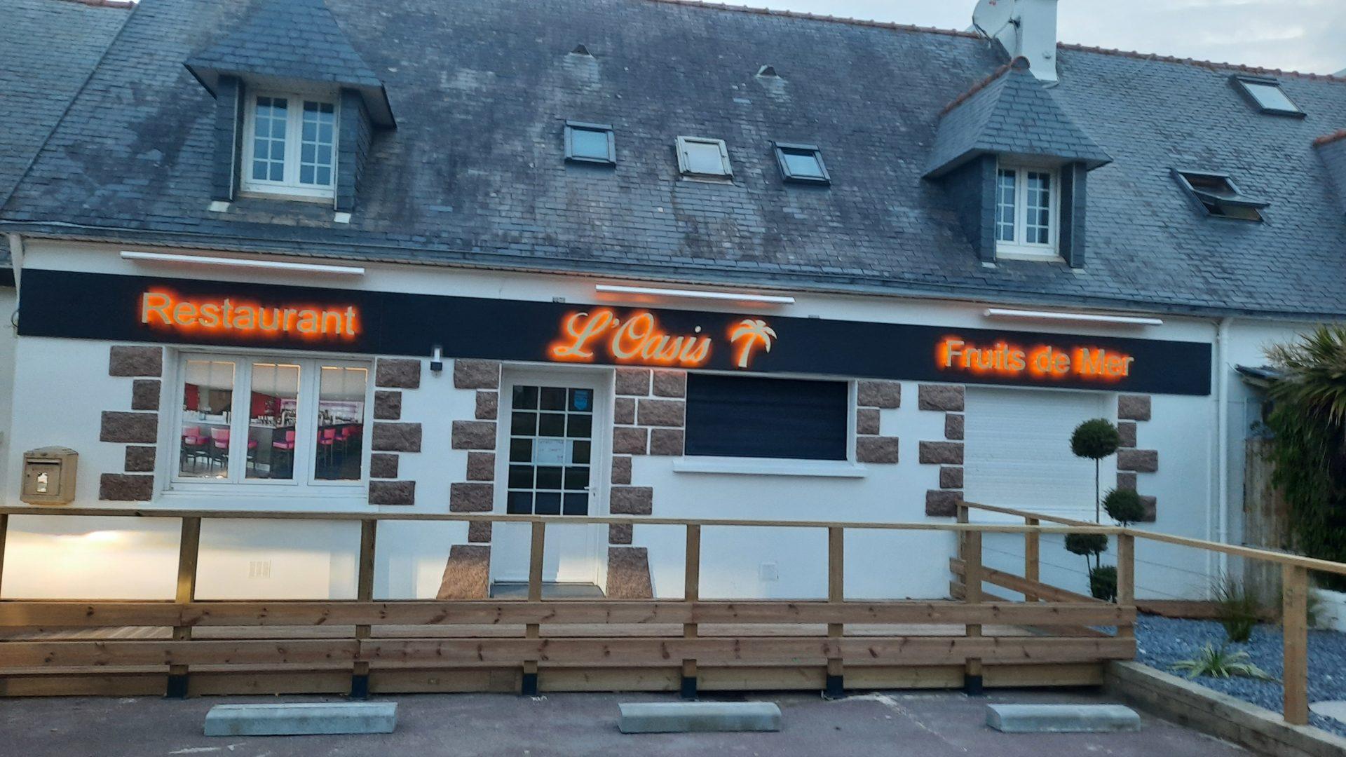 ravaelement-facade-exterieure-restaurant-loasis-plomodiern-1