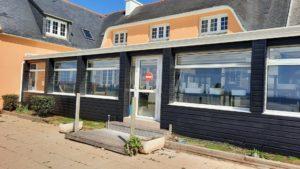 ravaelement-facade-exterieure-restaurant-loasis-plomodiern-2-300x169